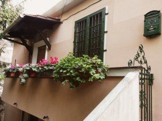 Foto 1 di Quadrilocale Via Mansueto, Genova (zona Sampierdarena, Certosa-Rivarolo)
