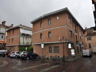 Foto 1 di Quadrilocale via Vittorio Emanuele II, Dogliani