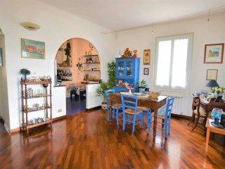 Foto 1 di Appartamento via Pontetti, Genova (zona Boccadasse-Sturla)