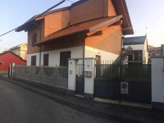 Foto 1 di Trilocale via Superga 12, Settimo Torinese