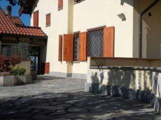 Foto 1 di Villetta a schiera Frazione Castiglione, 192/O, Asti