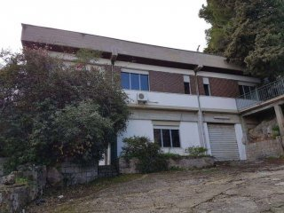 Foto 1 di Villa via Umberto I, Monreale