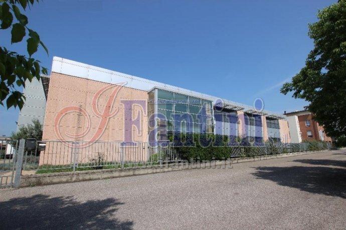 Foto 17 di Capannone Reggio Emilia