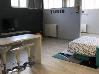Foto 1 di Loft / Open space via Pianezza 14, Torino (zona Lucento, Vallette)