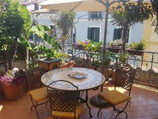 Foto 1 di Appartamento via Masuccio Salernitano, Salerno
