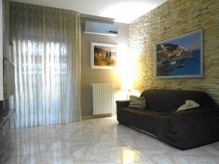 Foto 1 di Trilocale via Brigata Regina 1/I, Bari (zona Libertà)