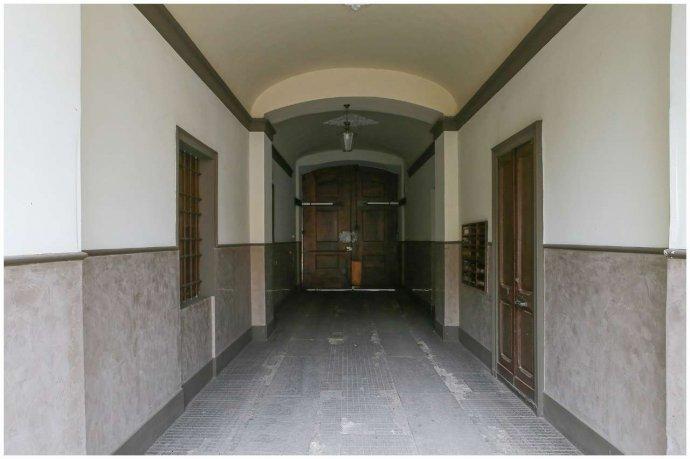 Foto 15 di Bilocale via Maria Vittoria  46, Torino (zona Centro)