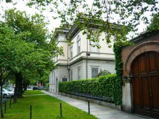 Foto 1 di Palazzo / Stabile corso Trieste 1, Torino (zona Crocetta, San Secondo)