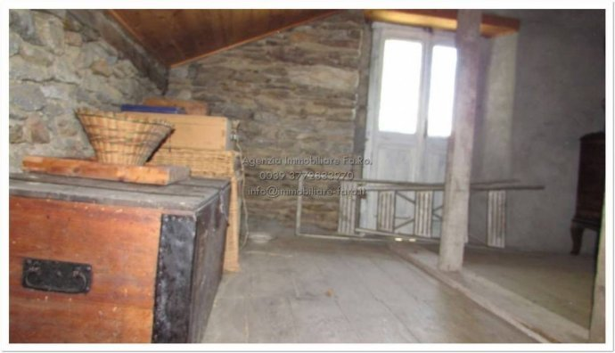 Foto 3 di Villa contrada San Mauro, frazione Trarego, Trarego Viggiona