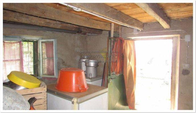 Foto 5 di Villa contrada San Mauro, frazione Trarego, Trarego Viggiona