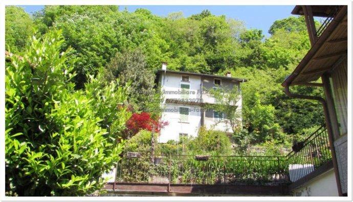 Foto 15 di Villa contrada San Mauro, frazione Trarego, Trarego Viggiona