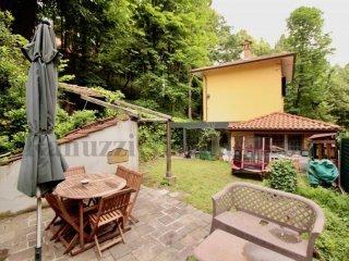 Foto 1 di Villa via di Barbiano 7, Bologna