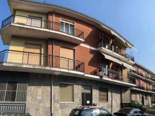 Foto 1 di Trilocale Gassino Torinese