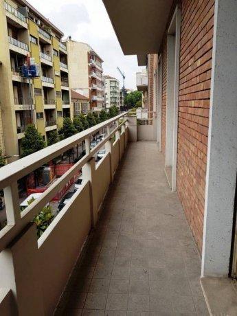 Foto 2 di Appartamento salita Jacopone da Todi, Asti