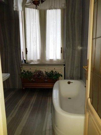 Foto 19 di Appartamento salita Jacopone da Todi, Asti