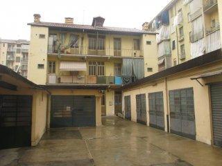 Foto 1 di Box / Garage via Genova 70, Torino (zona Valentino, Italia 61, Nizza Millefonti)