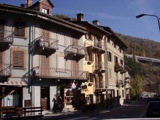 Foto 1 di Bilocale via G. F. Medail 95, Bardonecchia