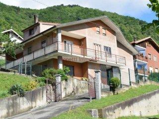 Foto 1 di Villa via Umberto I 51, San Germano Chisone