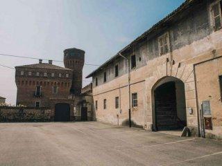 Foto 1 di Rustico via Cavour 54, frazione San Genuario, Crescentino