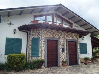 Foto 1 di Villa via Macchia Santa Maria, Montemiletto