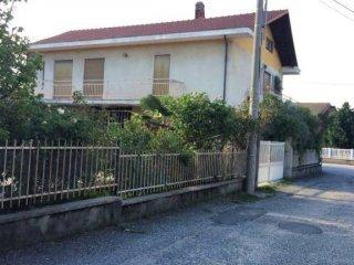 Foto 1 di Villa via Serena, Sangano
