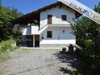 Foto 1 di Villa via Romani 25, Prarostino