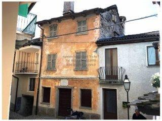 Foto 1 di Palazzo / Stabile via Roma 24, Falmenta