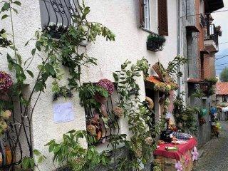 Foto 1 di Casa indipendente via Calizzano, Garessio