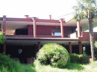 Foto 1 di Villa via GIOTTO, 3, Roletto