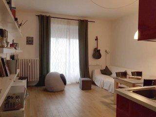 Foto 1 di Bilocale frazione Oltre Po, San Mauro Torinese