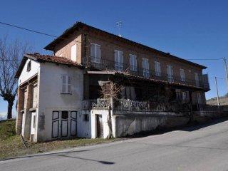 Foto 1 di Rustico / Casale via Vergne, frazione Vergne, Barolo