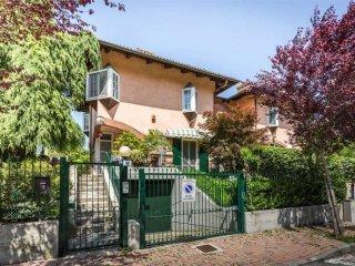Foto 1 di Villa via della fornace, 10, Castiglione Torinese