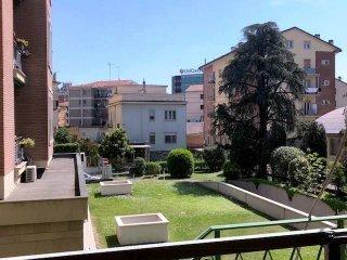 Foto 1 di Appartamento via del Lavoro, Bologna (zona San Donato, Fiera)