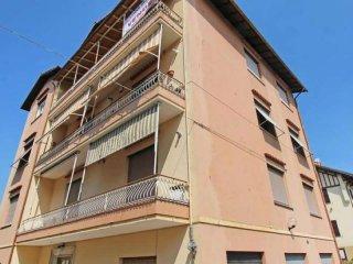 Foto 1 di Appartamento via BORNETO, Genova (zona Bolzaneto)