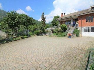 Foto 1 di Villa via montelera 16, frazione Montelera, Val Della Torre