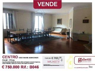 Foto 1 di Appartamento via della Zecca 1, Bologna (zona Centro Storico)