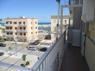Foto 1 di Quadrilocale via Bari 36, Vieste