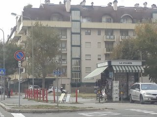 Foto 1 di Bilocale Corso Francia 10, Cuneo