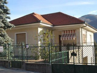 Foto 1 di Villa via Umberto I, San Germano Chisone