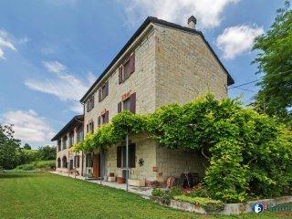 Foto 1 di Appartamento via Regione Costabella 12, Olivola