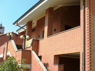 Foto 1 di Villa via Mairano, Montechiaro D'asti