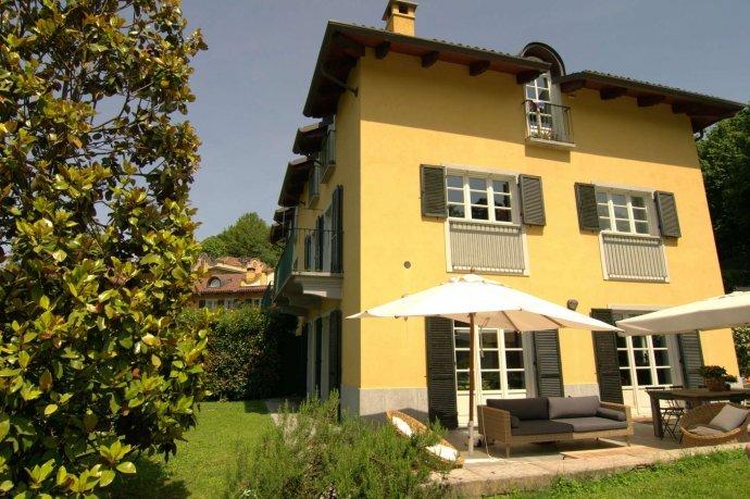 Foto 3 di Villa strada Guido Volante  19, Torino (zona Precollina, Collina)