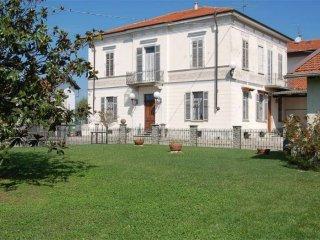 Foto 1 di Villa via Moncrivello, Cigliano