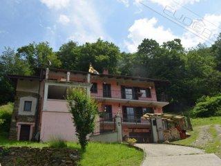 Foto 1 di Villa Borgata Artero 7, Villar Perosa