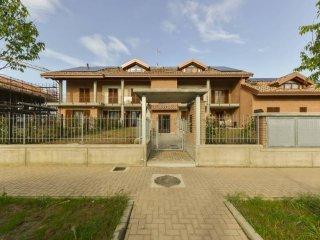 Foto 1 di Appartamento viale Aldo Moro, Pianezza