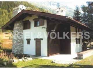 Foto 1 di Villa Località Arly, La Thuile