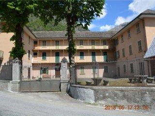 Foto 1 di Casa indipendente via Provinciale, 11, frazione Schieranco, Antrona Schieranco