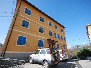 Foto 1 di Appartamento via Cassissa, Sant'olcese