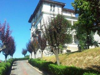 Foto 1 di Villa Regione Tergone, Montechiaro D'asti