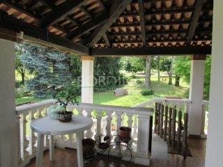 Foto 1 di Villa via Serracapelli Snc, Neive